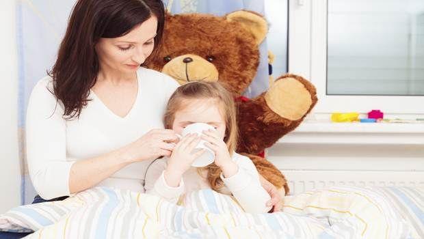 10 Home Remedies für Verdauungsstörungen bei Kindern und Säuglingen
