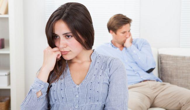 8 Warnzeichen, dass Ihre Frau mehr an Ihnen interessiert ist