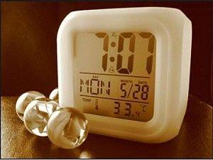 Einfache Tipps zu früh aufwachen und sich am Morgen aus dem Bett schnell