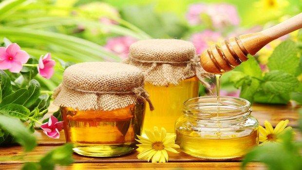 wie zu heilen Kehle Juckreiz Honig Behandlung genießen