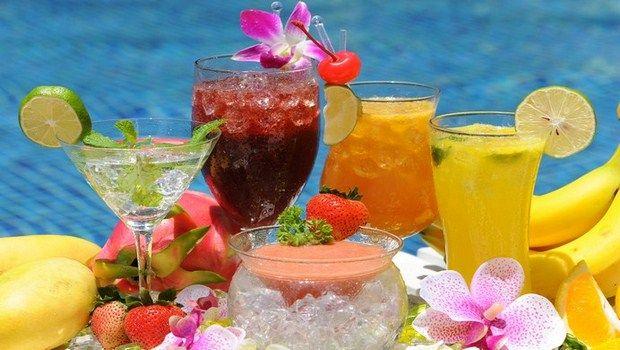 wie man Cocktails Ihren Durst im Sommer zu löschen einfach und leicht
