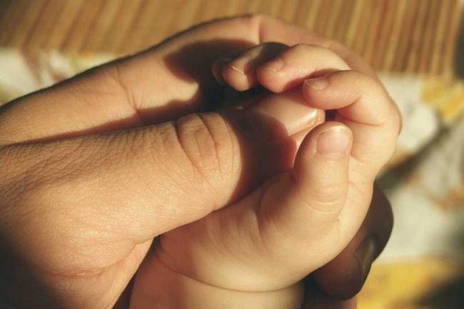 Lektionen, die ich wusste, dass ich lehre meine Tochter - Vater ein Geschenk, umwickelt mit Liebe