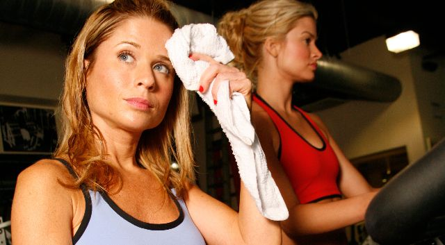 Waschen: in der Turnhalle schwitzen kann Hautausschläge verursachen