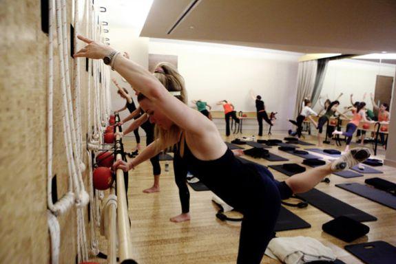 reine Yoga-Klasse 4 bar