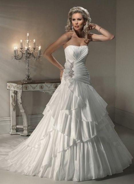 Das perfekte Brautkleid für Ihr Sternzeichen