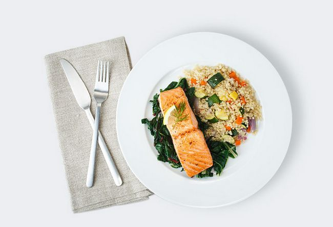 Mittagessen-Fisch-und-Reis